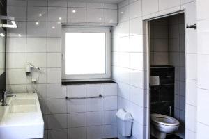 Sanitärgebäude / Sanitary facility